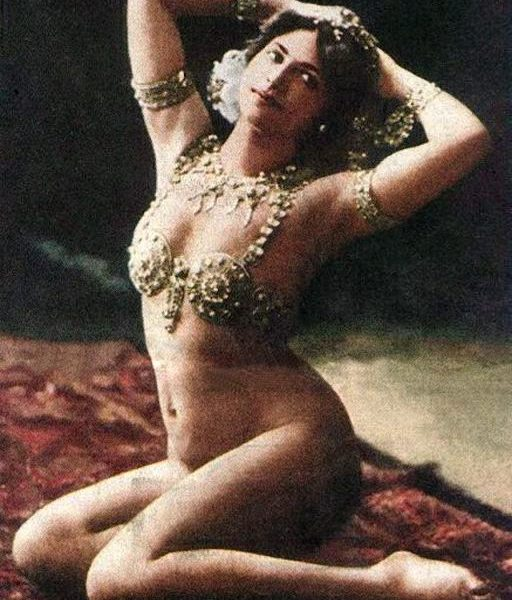 Matahari_Paris_1910